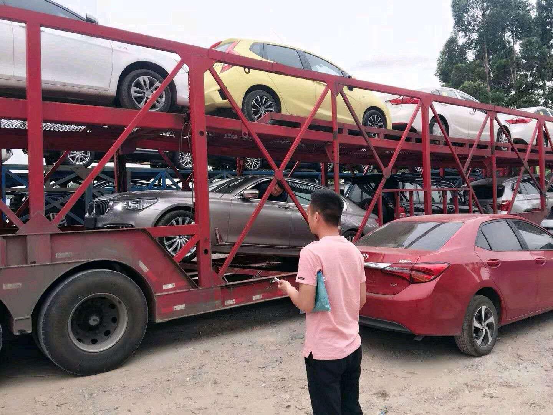 轿车托运 装车现场图片1